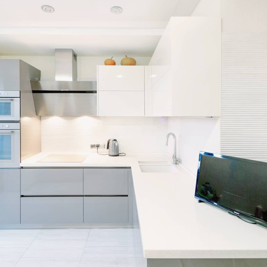 Белый кухонный гарнитур-Кухня МДФ в ПВХ «Модель 615»-фото2