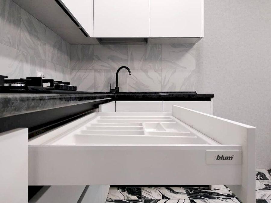 Белый кухонный гарнитур-Кухня МДФ в ПВХ «Модель 639»-фото5